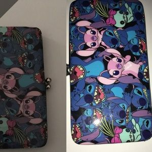 DISNEY LILO & STITCH  KISSLOCK HINGE WALLET